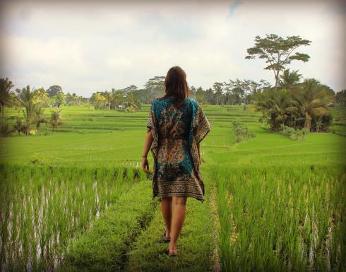 Caminando en zandalias